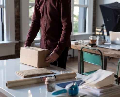 how to start a drop-shipping business